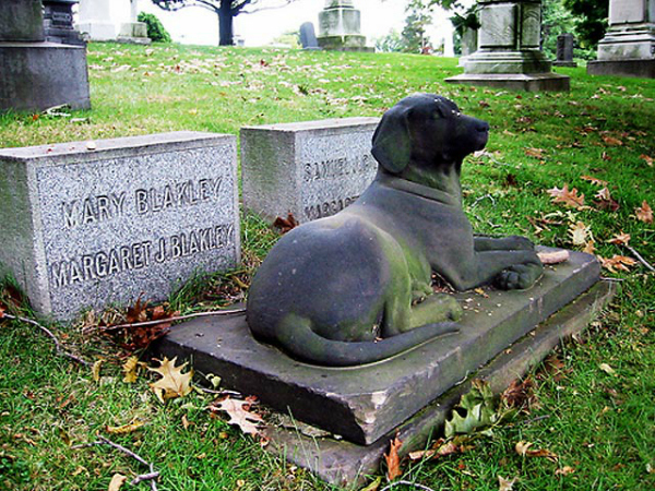 Pet Cemeteries: Where our animals rest